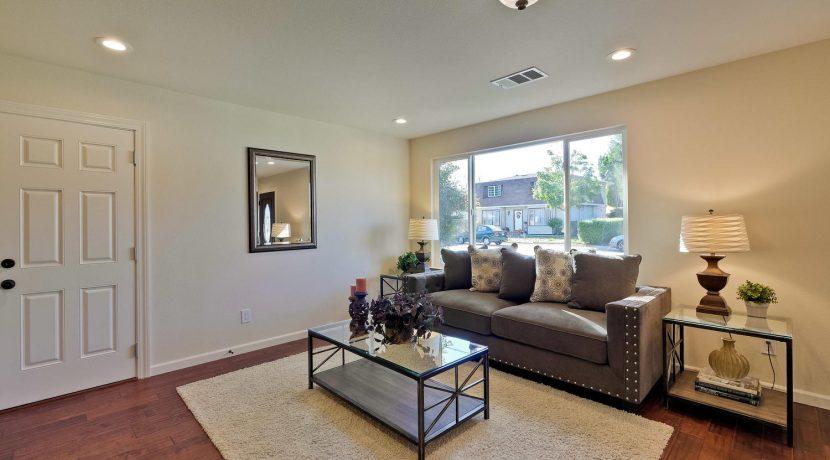 1312 Selo Dr Sunnyvale CA-large-007-8-Living Room-1500x1000-72dpi
