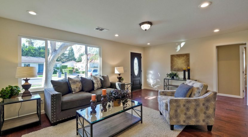 1312 Selo Dr Sunnyvale CA-large-008-12-Living Room-1500x1000-72dpi