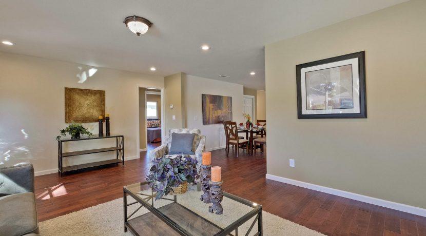 1312 Selo Dr Sunnyvale CA-large-009-3-Living Room-1500x1000-72dpi