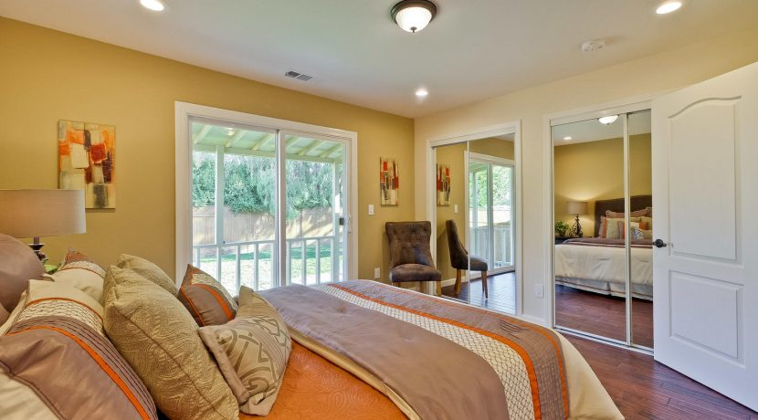1312 Selo Dr Sunnyvale CA-large-028-43-Master Bedroom-1500x1000-72dpi