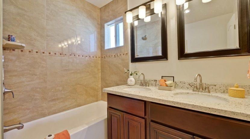1312 Selo Dr Sunnyvale CA-large-032-33-Master Bathroom-1500x1000-72dpi