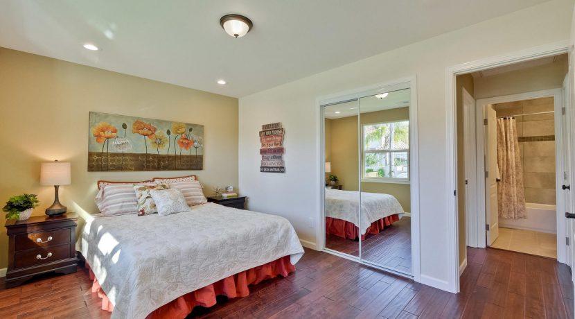 1312 Selo Dr Sunnyvale CA-large-036-18-Bedroom-1500x1000-72dpi