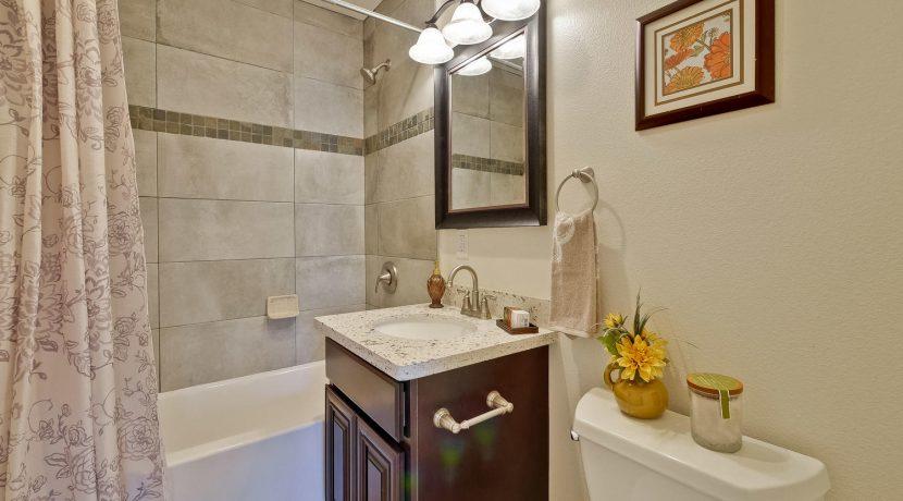 1312 Selo Dr Sunnyvale CA-large-043-9-Bathroom-1500x1000-72dpi