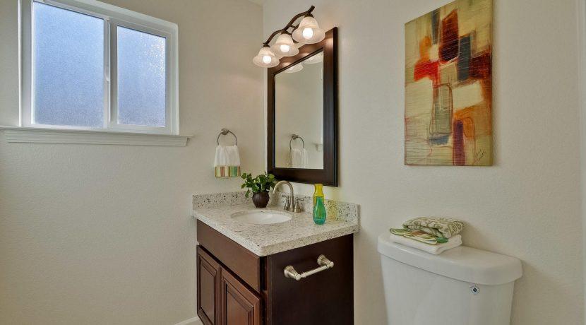 1312 Selo Dr Sunnyvale CA-large-045-19-Bathroom-1500x1000-72dpi