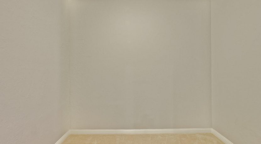 320 Auburn Way Unit 19 San-large-024-53-Master Bedroom Closet-1500x1000-72dpi