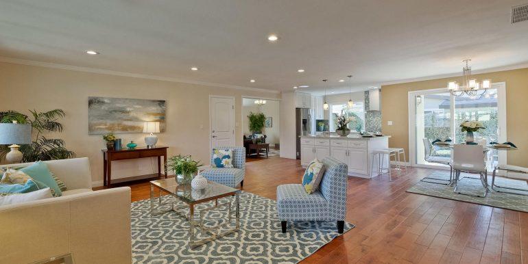 646 Los Olivos Dr Santa Clara-large-011-54-Living Room-1500x1000-72dpi