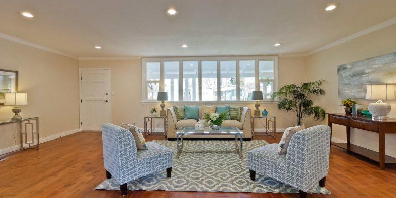646 Los Olivos Dr Santa Clara-large-015-44-Living Room-1500x1000-72dpi