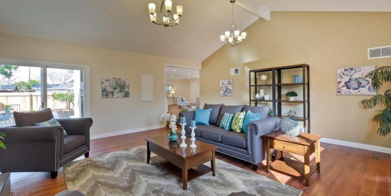 646 Los Olivos Dr Santa Clara-large-035-32-Family Room-1500x1000-72dpi
