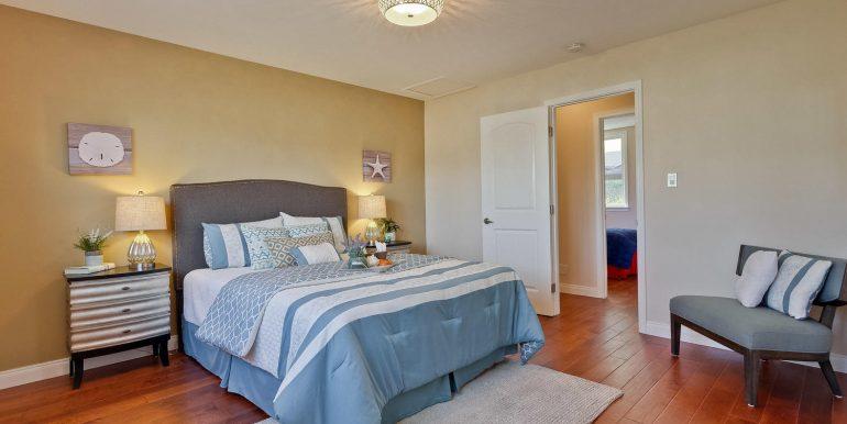 646 Los Olivos Dr Santa Clara-large-039-52-Master Bedroom-1500x1000-72dpi