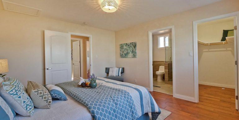 646 Los Olivos Dr Santa Clara-large-040-48-Master Bedroom-1500x1000-72dpi