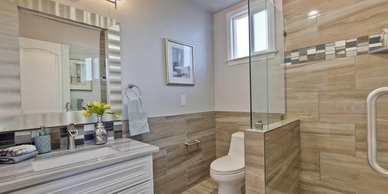 646 Los Olivos Dr Santa Clara-large-045-56-Master Bathroom-1500x1000-72dpi
