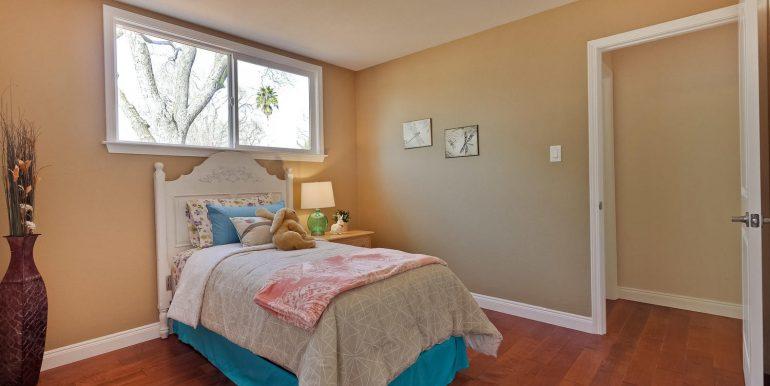 646 Los Olivos Dr Santa Clara-large-052-58-Bedroom-1500x1000-72dpi