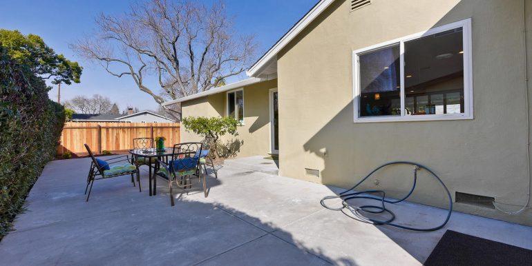646 Los Olivos Dr Santa Clara-large-060-23-Backyard-1500x1000-72dpi