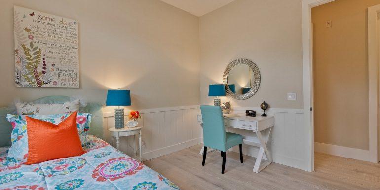 Bedroom-3105x2070-300dpi
