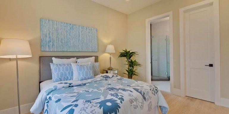 Bedroom-3153x2102-300dpi