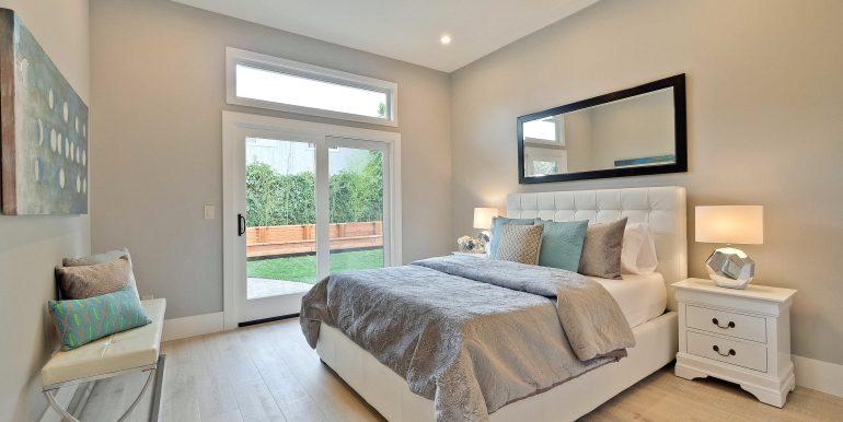 Master Bedroom-3183x2122-300dpi